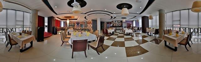 Интерьер ресторана или кафе