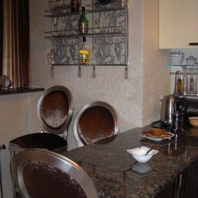 барный стол в доме дизайн